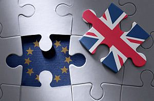 European flag jigsaw piece with British flag missing piece