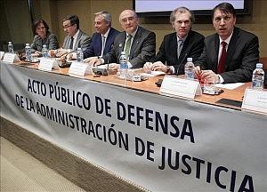 Los jueces toman con