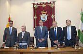 Presentación de un Tratado de Procedimiento Administrativo en el Colegio de Sevilla