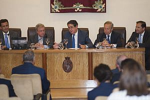 Colegio de Abogados de Sevilla Tratado de Procedimiento Administrativo (2)