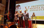 El Colegio de Abogados de Granada recibe el Premio Menina por su labor en la lucha contra la violencia de género