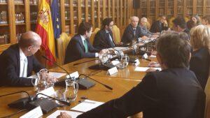 Antonio Garrigues crea tres subgrupos para tener el anteproyecto de Ley del Derecho de Defensa lo antes posible