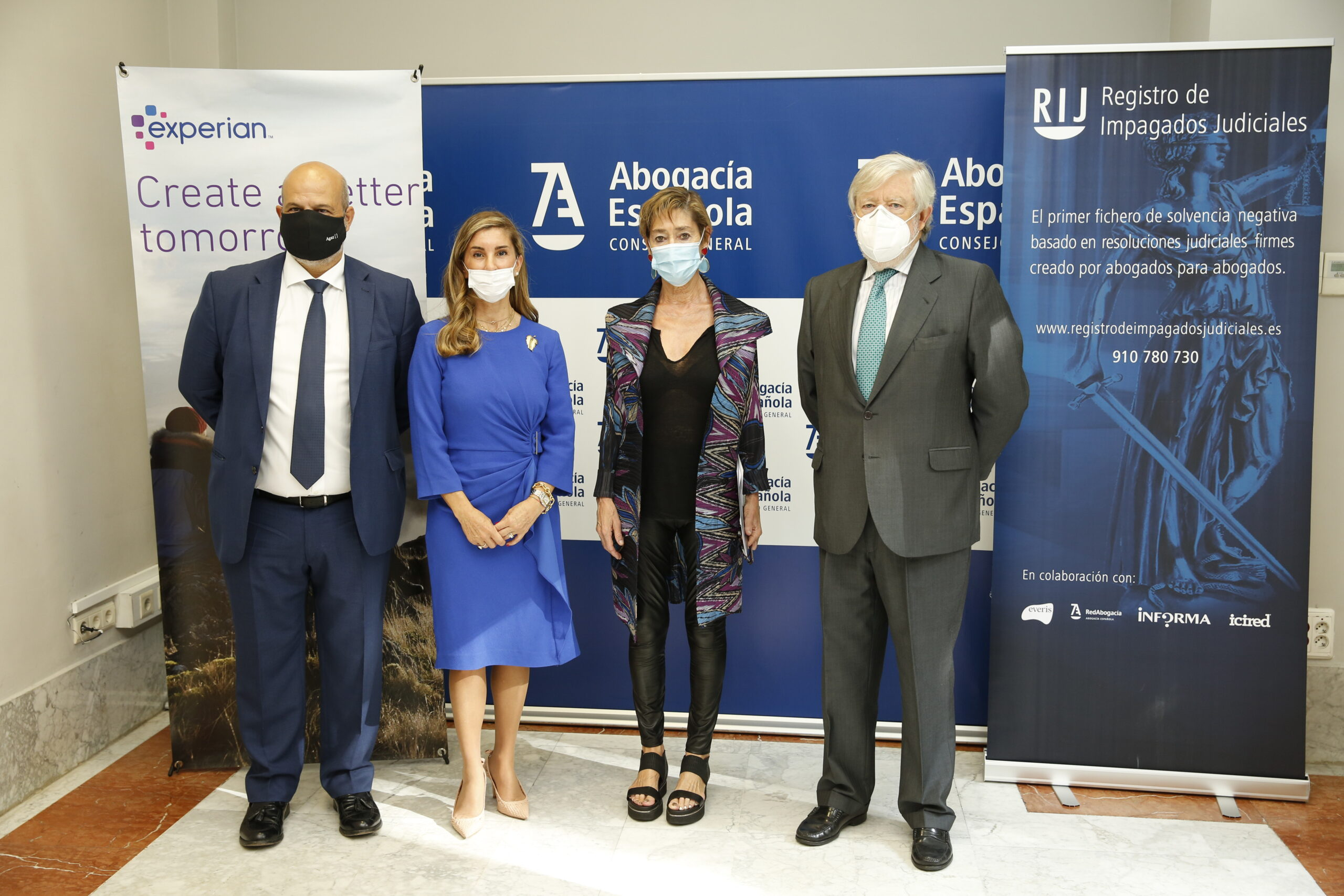 La Abogacía Española y Experian firman un acuerdo para reducir la morosidad entre los autónomos y particulares